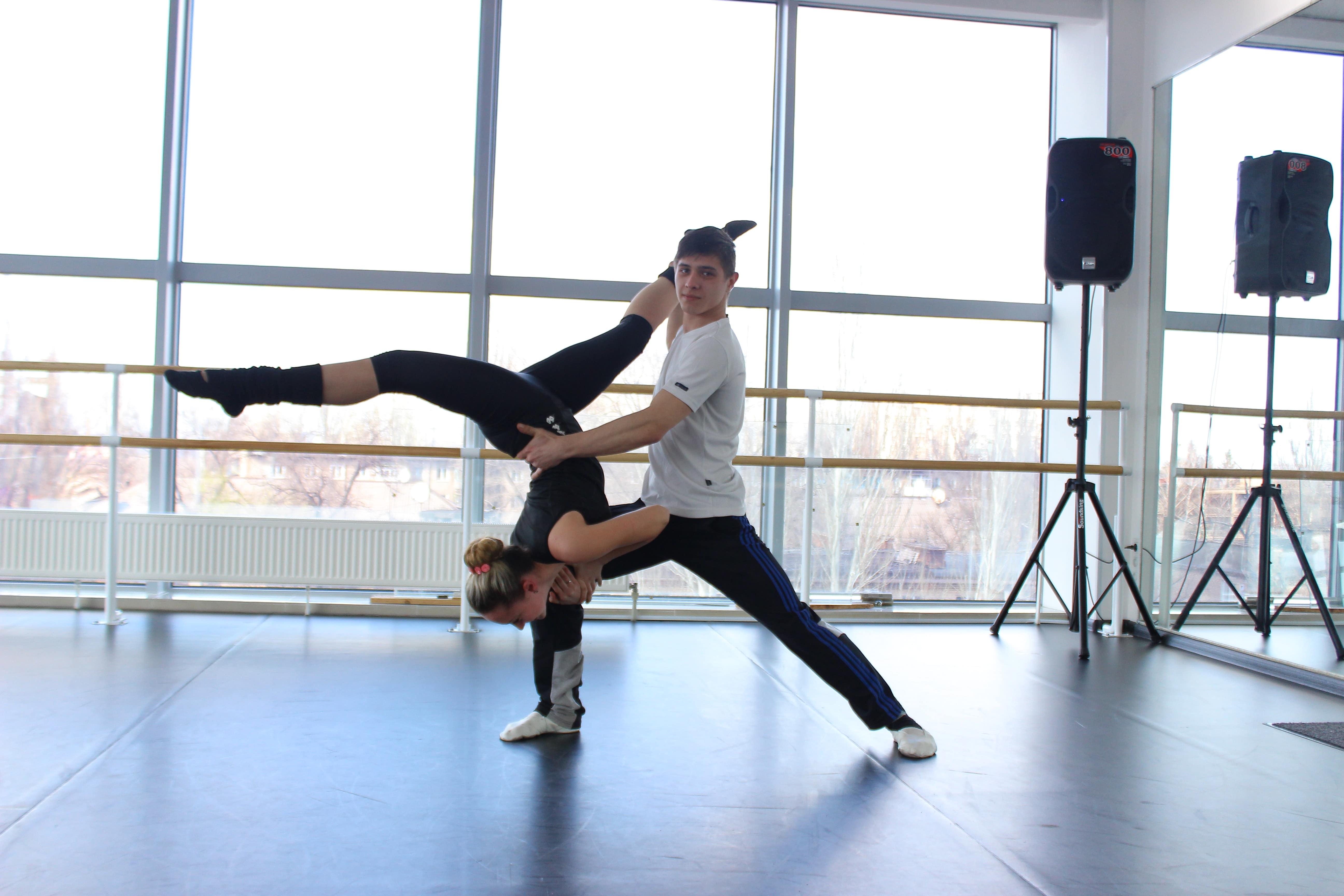 работа танцовщица китай